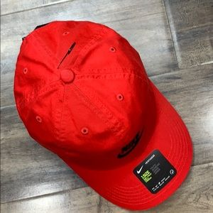 NIKE CAP HERITAGE86 youth 1 size red/black